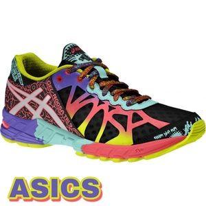 ASICS Gel-Noosa Tri 9 Sneakers